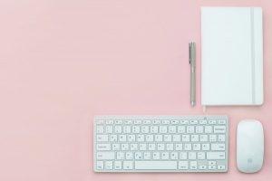 Menulis blog itu satu kepuasan buat saya