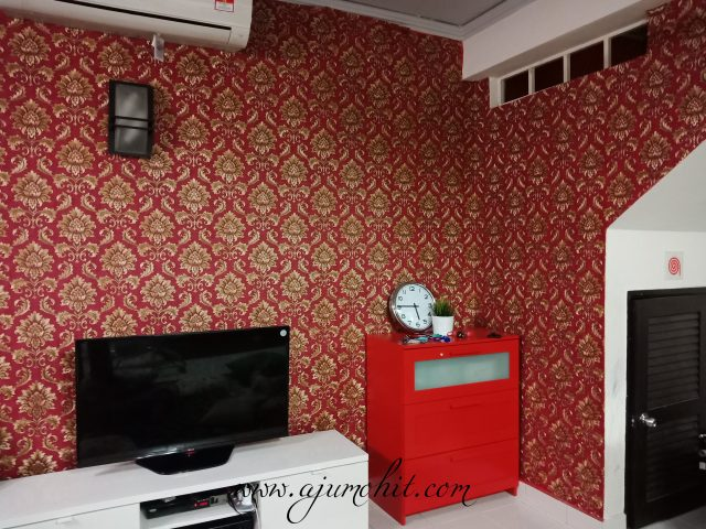 cara tampal wallpaper